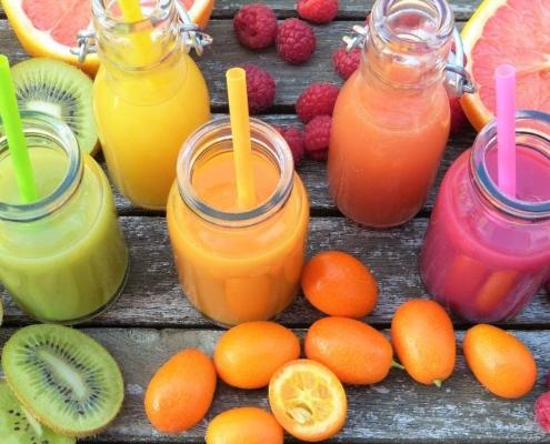 Η λίστα με τα καλύτερα καλοκαιρινά φρούτα & λαχανικά για αποτοξίνωση